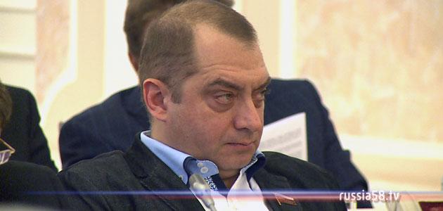 Художественный руководитель драмтеатра Сергей Казаков