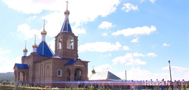 Храм святых бессребреников и чудотворцев Космы и Дамиана в селе Тешнярь