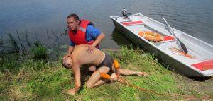 Учения по спасению на воде. Фото пресс-службы городской администрации